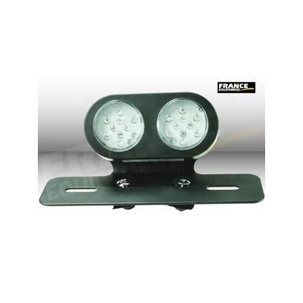 CL01.2301 Feu arrière avec fixation, ampoule LED. xxx Info