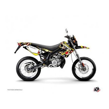 158859 KIT DECO AUTOCOLLANT-STICKER 50 A BOITE FREEGUN MAN JAUNE-ROUGE POUR DERBI 50 DRD XTREME, XRACE 2005>2009 -KUTVEK- xxx In