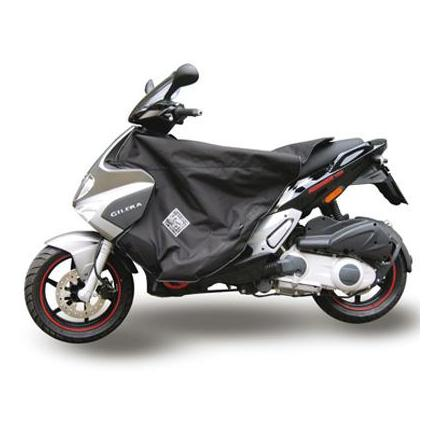 29605 TABLIER COUVRE JAMBE TUCANO POUR GILERA 125 RUNNER 2006>, 50 RUNNER 2006> (R158-N) (THERMOSCUD) xxx Info TUCANO URBANO