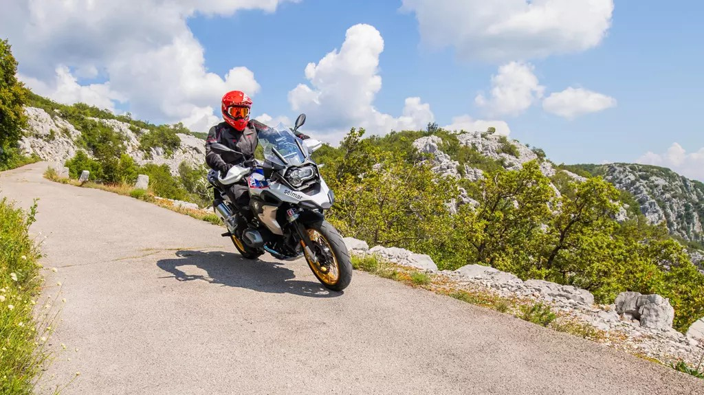 Motorcycle trail tyres